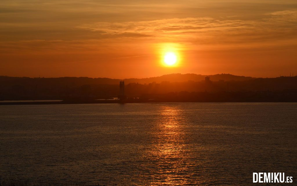 A Coruña desde el Aula del Mar. Faros de Mera.