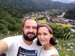 Demiku en Japón